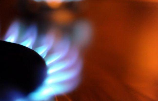 L'arrêté du gouvernement actant une hausse de 2% des tarifs réglementés de GDF Suez est paru jeudi matin au Journal officiel, malgré un avis défavorable de la Commission de Régulation de l'Energie (CRE) qui révèle que la hausse aurait légalement dû être de 7,3%.