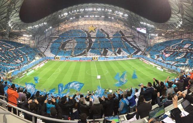 Le tifo géant du Stade Vélodrome avant OM-PSG, le 5 avril 2015.