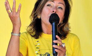 Carole Delga, la présidente de la région Occitanie, samedi 5 septembre, sur l'étape du Tour de France.