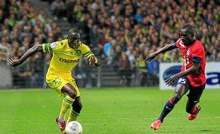 """"""" On a rendu fier le peuple sénégalais """", estime Issa Cissokho, ici sous le maillot nantais, contre Lille."""