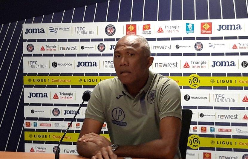 TFC : Très remonté contre les critiques, Antoine Kombouaré appelle à « l'union sacrée »