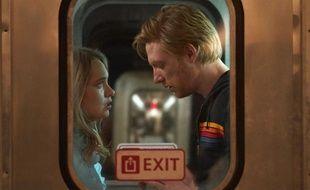 Merritt Wever  (Ruby) et Domhnall Gleeson (Billy) dans la jubilatoire série « Run ».