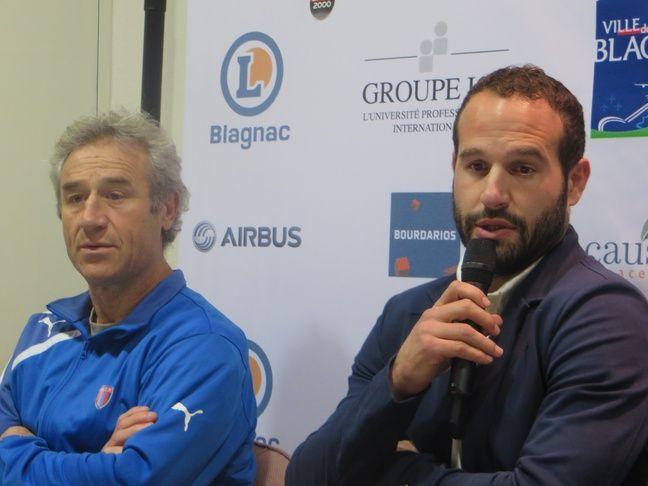 Christophe Deylaud, manager du Blagnac rugby, au côté de Frédéric Michalak, nouvel actionnaire majoritaire du club, le 14 décembre 2016.