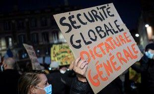 Lors d'une autre manifestation contre la proposition de loi sécurité globale, à Toulouse. (illustration)