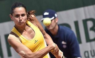 Amandine Hesse, 22 ans, a réalisé une belle performance en se qualifiant pour le 2e tour de Roland-Garros, le 25 mai 2015.