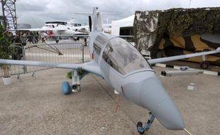 Sébastien Lefebvre, 32 ans, qui se voyait créateur d'automobiles, a remporté au salon du Bourget un contrat de 13 millions d'euros pour livrer à Dubai un avion de surveillance révolutionnaire.