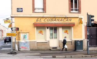 Le bar El Cubanacan, à Rennes, devant lequel un homme de 26 ans a été tué par balles le 3 mars 2018.