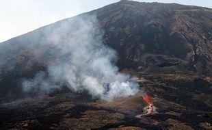 Deux jeunes meurent lors d'une randonnée sur le Piton de la Fournaise sur l'Ile de la Réunion. (Illustration du volcan en septembre 2018)