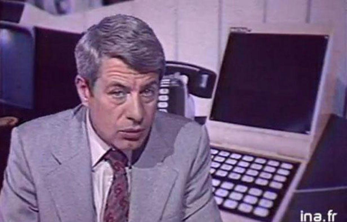 TF1: Roger Gicquel lance un sujet sur le Minitel. – INA