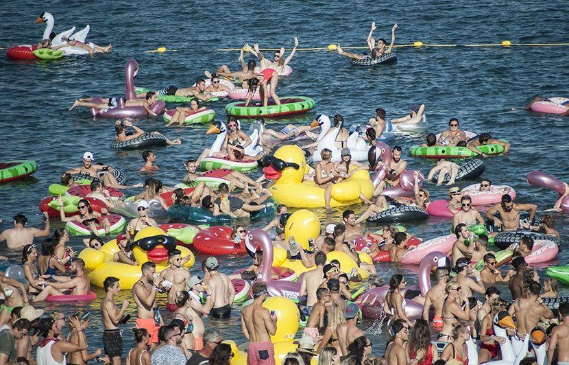 Côte d'Azur: Il fait chaud? Ecoutez de la musique les pieds dans l'eau