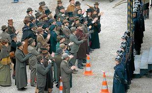 Quelque 250 à 300 figurants alsaciens ont participé au tournage du film devant la cathédrale, en février 2011.