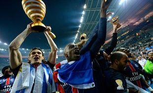 Les Parisiens fêtent leur victoire en Coupe de la Ligue en avril 2016.