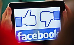 Les entreprises ont tendance à répondre rapidement sur les réseaux sociaux pour aménager leur image publique.
