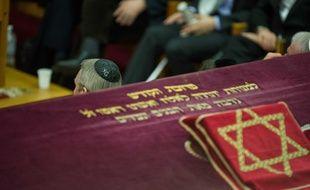 Lors d'une commémoration en hommage aux victimes de Merah dans une synagogue toulousaine.