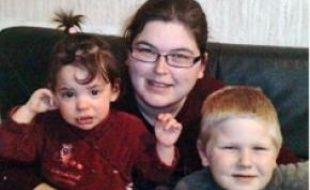 Vanessa Cola et ses deux enfants.