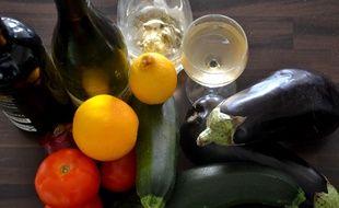 Du vin, et des légumes (illustration).