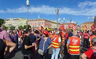 Près de 400 personnes se sont mobilisées à Nice contre la loi travail.