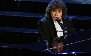 Le chanteur et compositeur Richard Cocciante a été condamné lundi à 30 mois d'emprisonnement, dont 10 fermes, pour fraude fiscale, par le tribunal correctionnel de Paris.