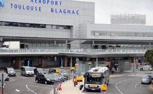 L'aéroport de Toulouse Blagnac le 23 mai 2013, devant être prochainement privatisé et pour lequel ADP a déposé une offre
