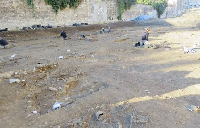 Le chantier de fouilles sur le site de l'ancien commissariat Castéja, dans le centre de Bordeaux, va encore se poursuivre pendant plusieurs semaines.