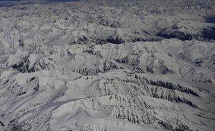 Les familles de deux jeunes randonneurs français disparus depuis le 22 août en Inde au pied de l'Himalaya ont lancé un appel aux autres randonneurs qui seraient sur place pour qu'ils contribuent aux recherches, a-t-on appris dans un communiqué transmis vendredi à l'AFP.