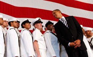 Le président américain Barack Obama parle à des officiers de la Marine à Jacksonville, Floride, le 26 octobre 2009.
