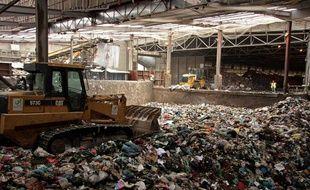 Le centre de tri des déchets de Romainville (93), qui doit être remplacé par une usine de méthanisation.