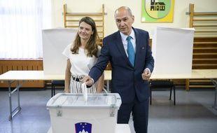L'ancien Premier ministre conservateur Janez Jansa, un proche du Hongrois Viktor Orban, est arrivé en tête des législatives slovènes dimanche.