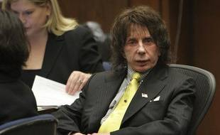 Phil Spector assiste à son procès pour homicide involontaire, à Los Angeles, le 26 mars 2009.