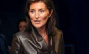 """L'ex-épouse de Nicolas Sarkozy, Cécilia, déposera jeudi un référé pour """"demander la suspension de la publication"""" d'un ouvrage à paraître de la journaliste Anna Bitton qui lui est consacré, a annoncé mercredi son avocate Michèle Cahen."""