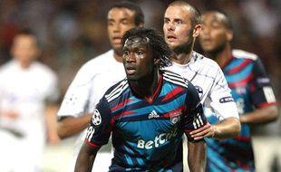 Le défenseur de Lyon pape Diakhaté contre Schalke 04, le 14 septembre dernier.