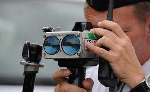 Communiquer la localisation des radars mobiles pourraient bientôt être interdit.