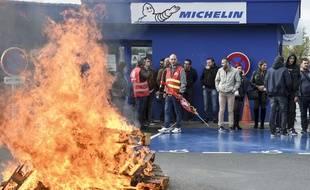 Devant l'usine Michelin de La Roche-sur-Yon. (archives)
