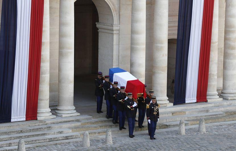PODCAST. « Minute Papillon ! » : Dernier adieu à Jacques Chirac, inquiétudes à Rouen et super-héroïnes de Sorj Chalandon