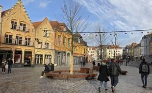 La toute neuve place Louise de Bettignies à Lille.