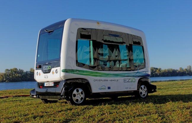 paris un bus sans chauffeur tester ce samedi sur la rive droite des berges de seine. Black Bedroom Furniture Sets. Home Design Ideas