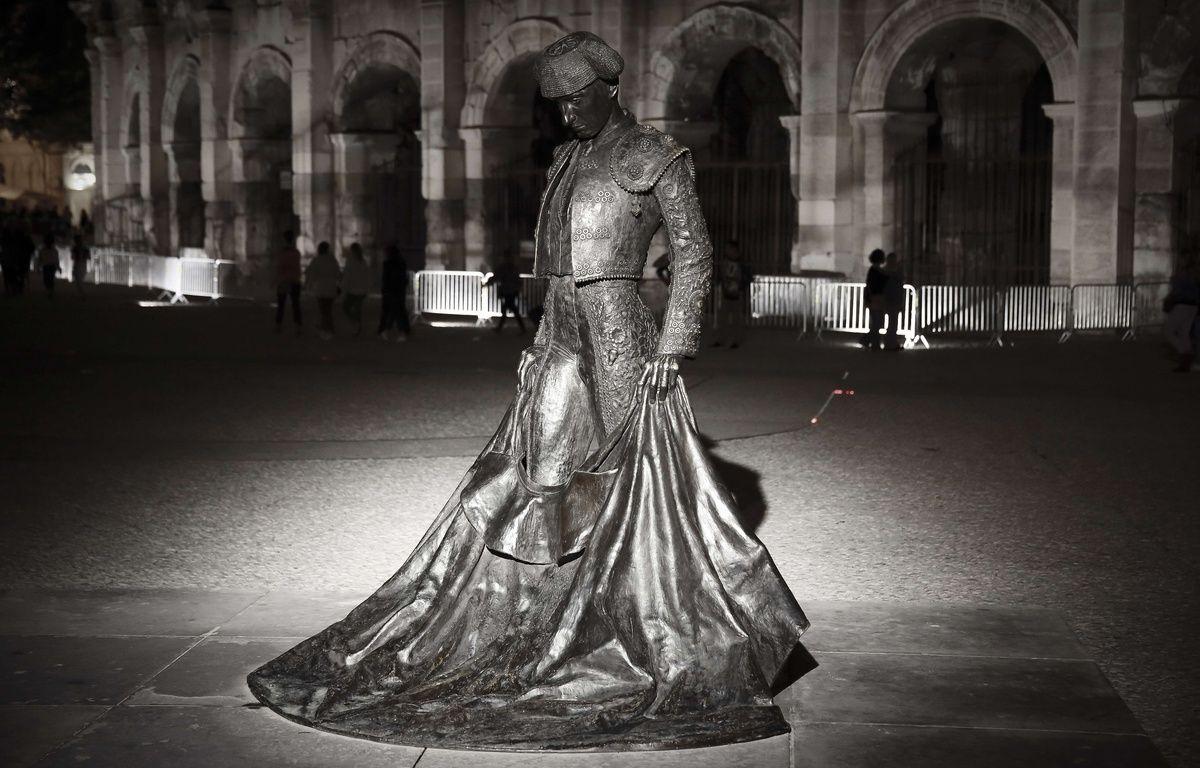 La statue de Nimeño II qui trône devant les arènes de Nîmes a encore été dégradée, avec de graves conséquences cette fois. – Franck Lodi / SIpa