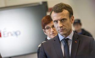 Emmanuel Macron, lors de son déplacement à l'Ecole nationale de l'administration pénitentiaire, a souhaité que « tous les détenus puissent voter » pour les élections européennes.