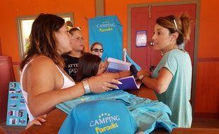 La ville de Martigues vend des produits dérivés de la série «Camping Paradis»