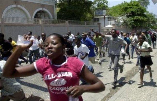 f28136cfb4572 648x415 manifestation-8-avril-2008-haiti-contre-hausse-prix-alimentaires.jpg