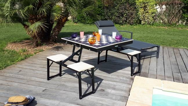 La table de pique-nique éco-responsable, design et modulable.