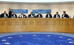 """Pour avoir refusé d'enregistrer le prénom """"Axl"""", jugé pas assez finnois, la Finlande a été condamnée jeudi à Strasbourg par la Cour européenne des droits de l'Homme."""