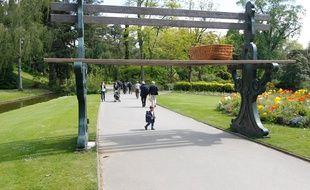 Nantes Les Parcs Et Jardins Fermes En Raison Des Rafales De Vent