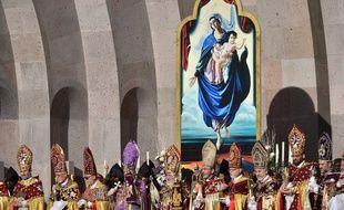 Cérémonie de canonisation d'1,5 million d'Arméniens le 23 avril 2015 à Erevan, en Arménie.