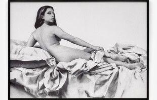 Orlan, La grande Odalisque, 1977, à la galerie Ceysson & Bénétière.