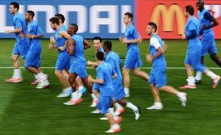 La France n'a plus qu'un petit effort à fournir et peut même se permettre de perdre par un but d'écart contre des Suédois déjà éliminés, mardi, pour obtenir sa qualification pour les quarts de finale de l'Euro-2012, son objectif minimal, et effacer la cicatrice de Knysna.