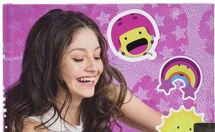 Si votre enfant est fan de « Soy Luna », offrez lui un des produits de la série pour ados qui parle de patins à roulettes.