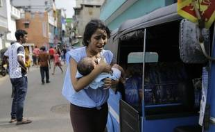 Au moins 290 personnes ont été tuées et 500 autres blessées dimanche au Sri Lanka