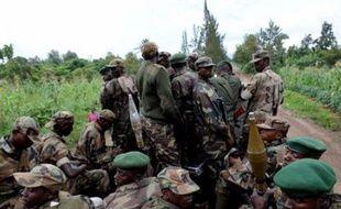 Rebelles et armée se faisaient face sans combattre mercredi matin sur le front au nord de la ville de Goma, dans l'est de la République démocratique du Congo (RDC), au lendemain d'affrontements qui ont fait au moins deux morts, a constaté un photographe de l'AFP.