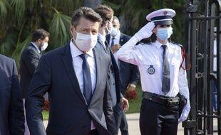 Christian Estrosi masqué, le 25 juillet 2020, lors d'une visite de Jean Castex à Nice (archives).